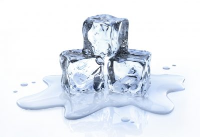 Make ice cubes appear in your spectators hands