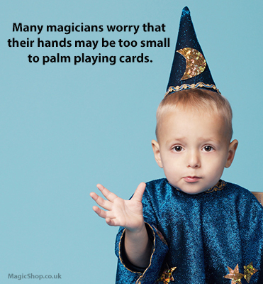 How to palm playing cards - Guide